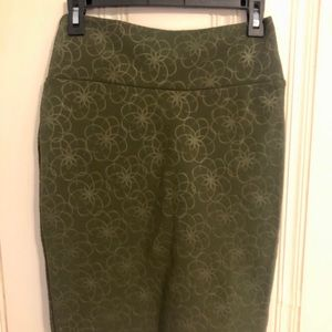 Lularoe Pencil Skirt - size small - olive green